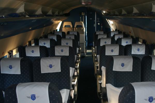 douglas-dc-3-dakota-interior
